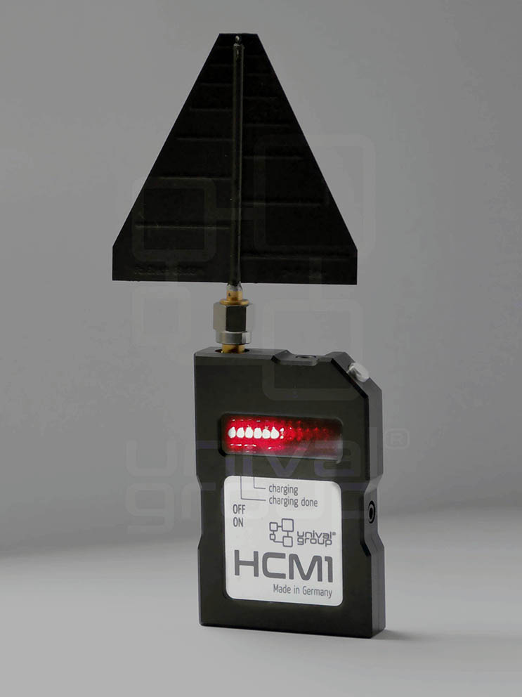 HCM1 | HANDHELD COUNTER-MONITORING DETECTOR WITH LOGPER ANTENNA 2000-11000 MHz