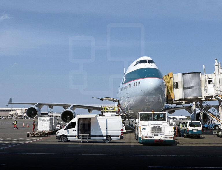 COMMERCIAL AIRPORT OPERATION